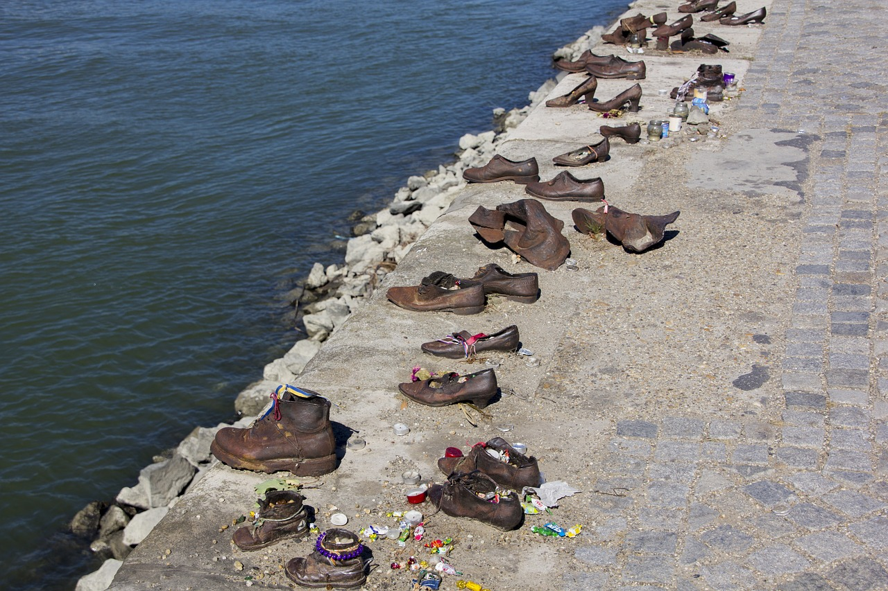 Cipők vasból